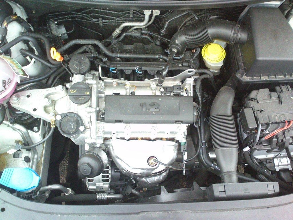 skoda fabia 1.2 отзывы про двигатель