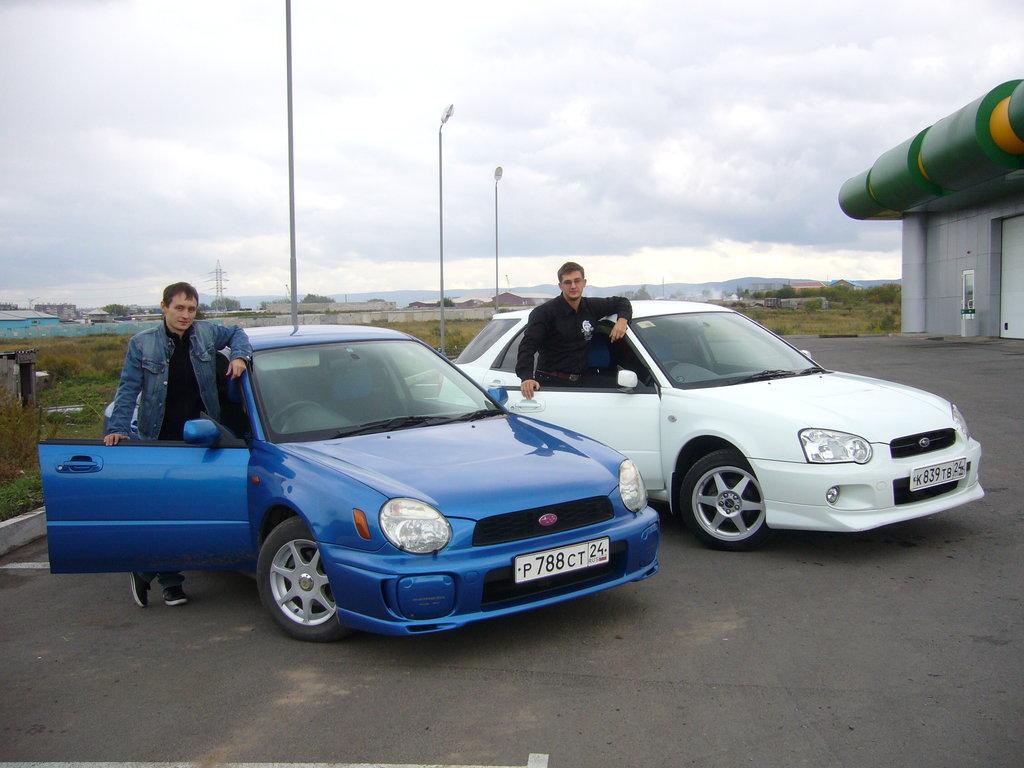 субару импреза 2003 года фото