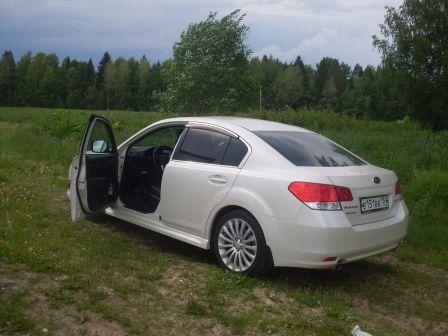 Subaru Legacy 2012 - отзыв владельца