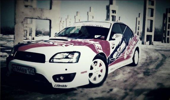 Subaru Legacy B4 1999 - отзыв владельца