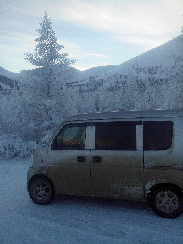 Якутия, ближе к Усть-Нере, морозно..