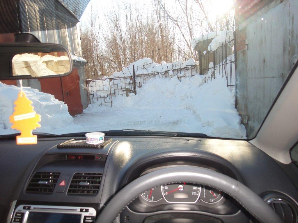 Эта фотка и следующие две, приблизительная обзорность водителя