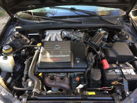 Toyota Avalon 2000 - отзыв владельца