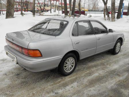 Toyota Camry 1993 - отзыв владельца