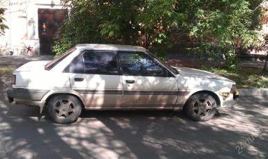 Toyota Carina, 1985