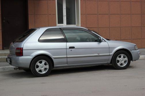 Toyota Corsa 1999 - отзыв владельца