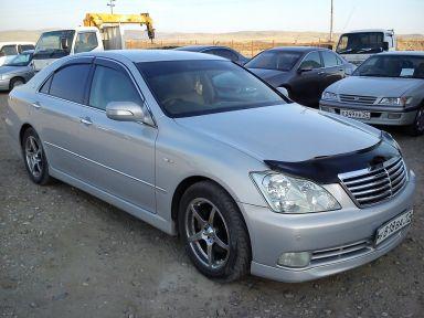 Toyota Crown 2004 отзыв автора | Дата публикации 11.05.2014.