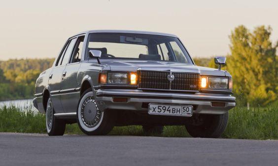 Toyota Crown 1982 - отзыв владельца