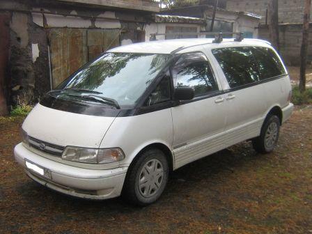 Toyota Estima 1999 - отзыв владельца