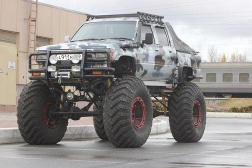 Toyota Hilux Pick Up 1987 - отзыв владельца