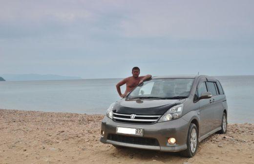Toyota Isis 2007 - отзыв владельца