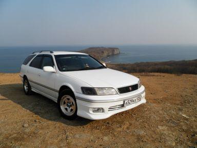 Toyota Mark II Wagon Qualis, 2001