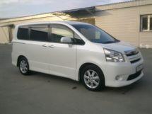 Toyota Noah, 2010