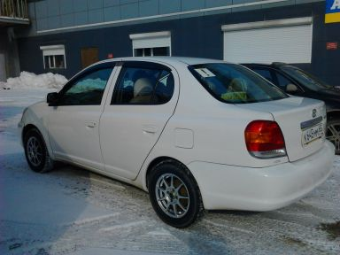 Toyota Platz, 2004