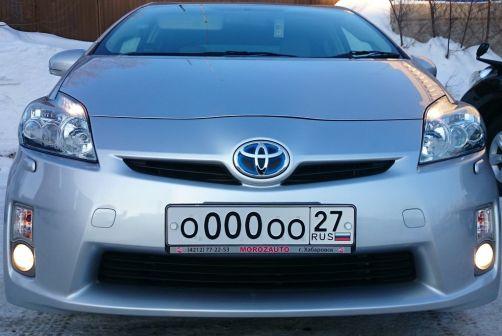 Toyota Prius 2011 - отзыв владельца