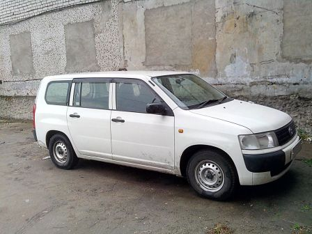 Toyota Probox 2008 - отзыв владельца
