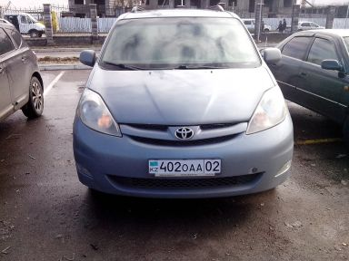 Toyota Sienna, 2006