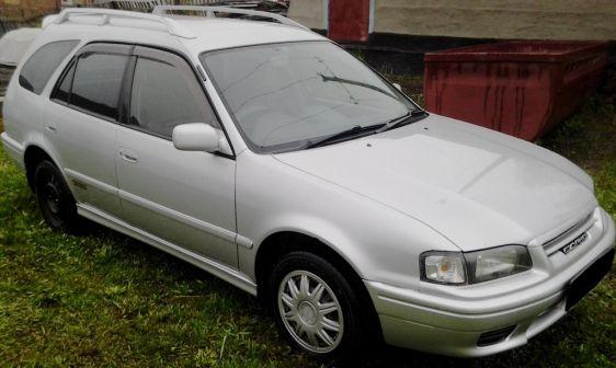 Toyota Sprinter Carib 2001 - отзыв владельца