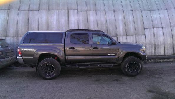 Toyota Tacoma 2012 - отзыв владельца