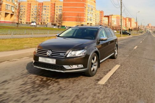Volkswagen Passat 2013 - отзыв владельца