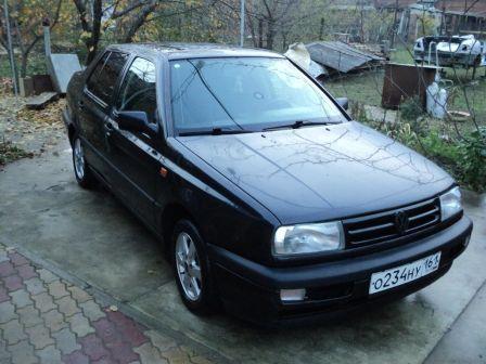 Volkswagen Vento 1992 - отзыв владельца