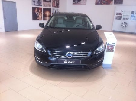 Volvo S60 2013 - отзыв владельца