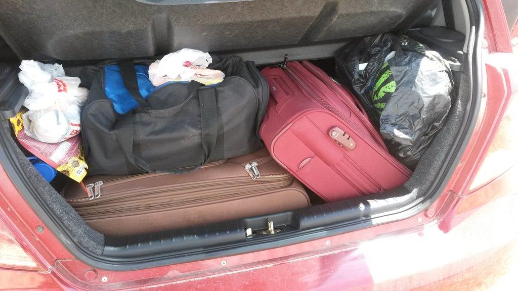 Багажник только кажется маленьким (водителям Шевроле Тахо не читать)