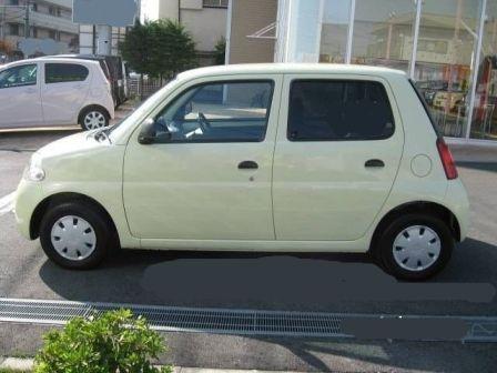 Daihatsu Esse 2008 - отзыв владельца