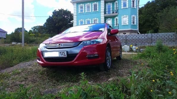 Honda Insight 2010 - отзыв владельца
