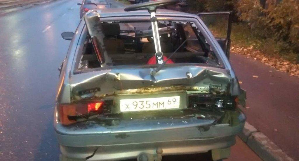 Ваз 2114, 2005 г.в. после аварии с УАЗ Патриот.