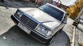Mercedes-Benz E-Class, 1990