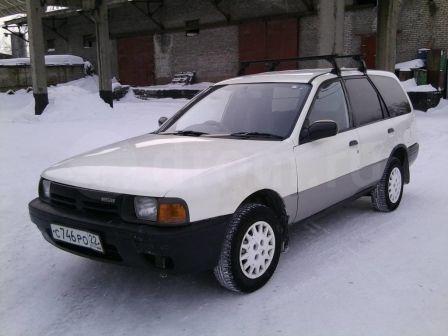 Nissan AD 1992 - отзыв владельца