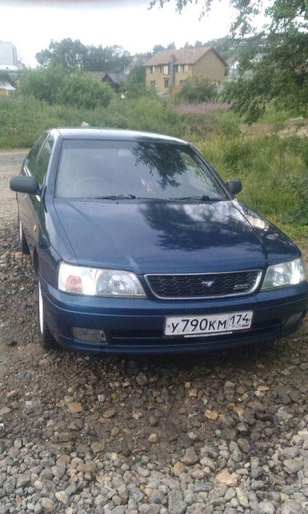 Nissan Bluebird 1997 - отзыв владельца