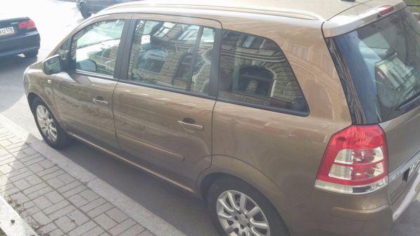 Opel Zafira  - отзыв владельца