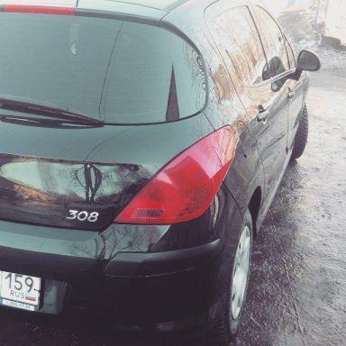Peugeot 308 2011 отзыв автора | Дата публикации 01.10.2015.