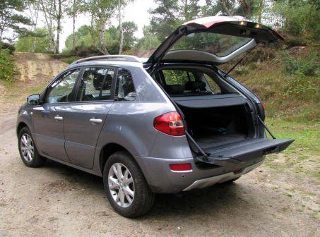 Renault Koleos 2009 - отзыв владельца