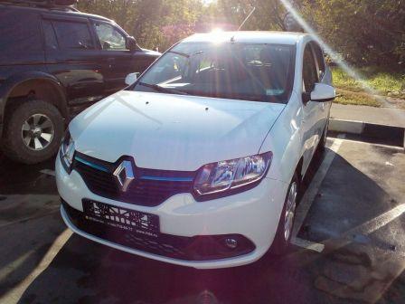 Renault Sandero 2015 - отзыв владельца