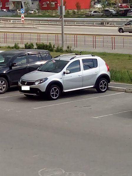 Renault Sandero Stepway 2014 - отзыв владельца