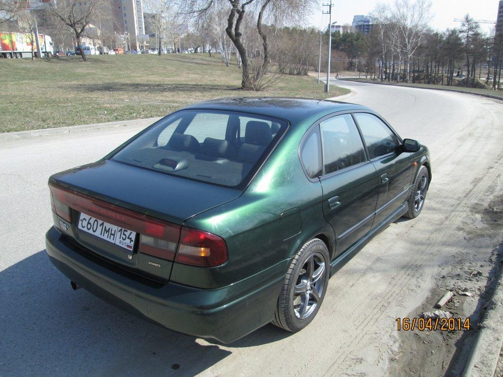 Subaru Legacy 2000 год, 2.5 литра, Все привет, впервые ... Бмв е39 Зеленый