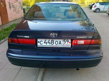 Toyota Camry 1998 - отзыв владельца