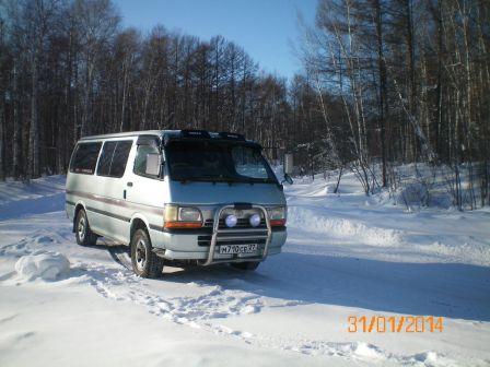 Toyota Hiace 1995 - отзыв владельца
