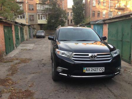 Toyota Highlander 2012 - отзыв владельца