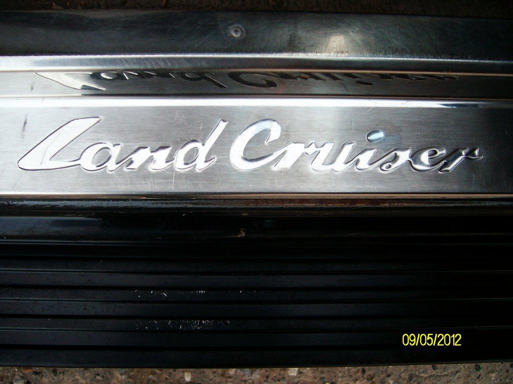 замена магнитолы тойота королла 2006