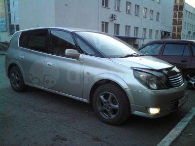 Toyota Opa 2000 отзыв автора | Дата публикации 14.04.2013.