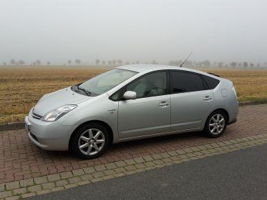 Toyota Prius 2007 отзыв автора | Дата публикации 15.08.2015.