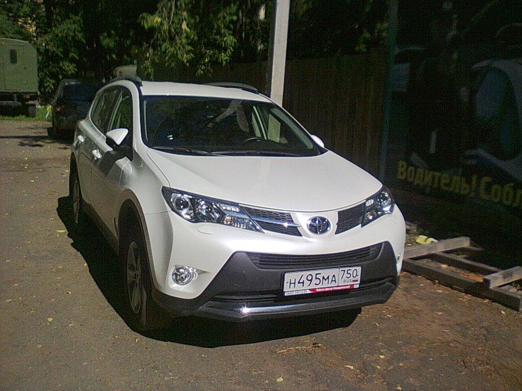 toyota rav4 2 литра 2014 год отзывы