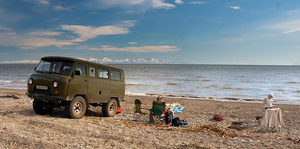 Побережье охотского моря вблизи мыса Нюкля, недалеко от Магадана. Лучшее место для шашлыков и безделья. Ну и рыбалки, разумеется ))