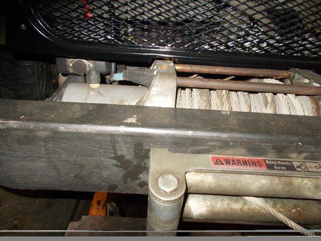 КомАп 9000 на бампере из швеллера.