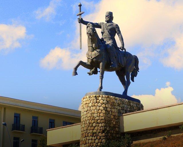 Памятник подешевле Терек Мемориальный комплекс с арками и колонной Шуя