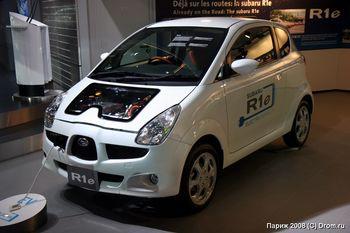 Subaru R1e - гибридный автомобиль с зарядкой от бытовой сети